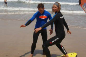 Two Hour Learn to Surf Surfers Paradise