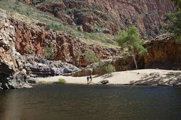 Ormiston Gorge credit Shanna McNaught & Tourism NT