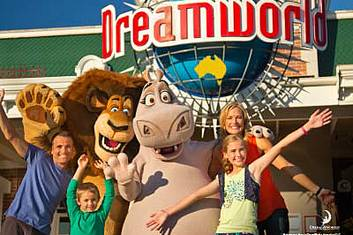 Dreamworld Entry and Transfers from Brisbane (B22)