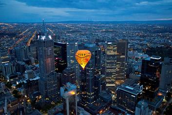 Melbourne Sunrise Balloon Flight with Champagne Breakfast